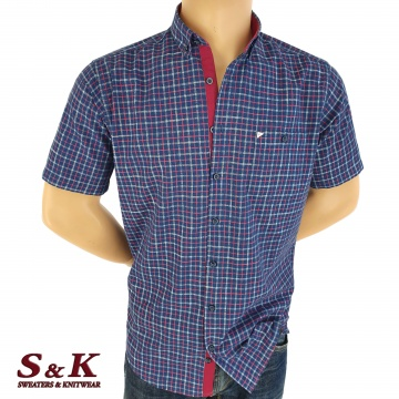 Men's shirt fine plaid with two pockets