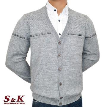 Мъжка плетена жилетка с копчета
