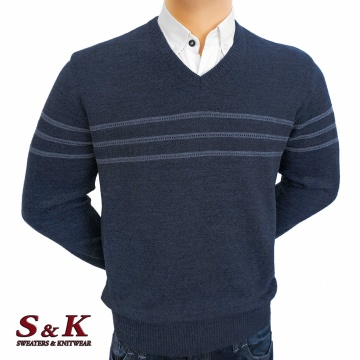 Luxury men's sweater with a V neck - 2145-4