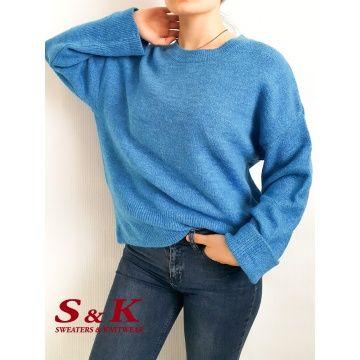 Актуален и Топъл дамски пуловер с отворено обло деколте